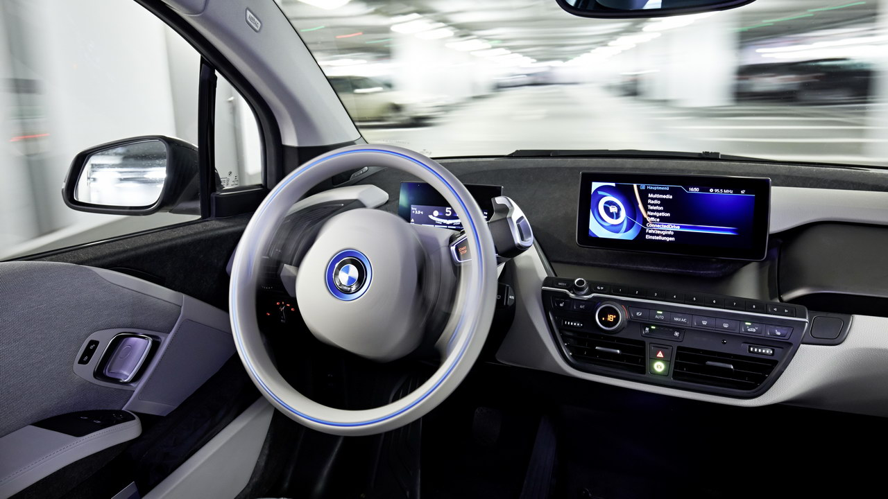 bmw-self-driving