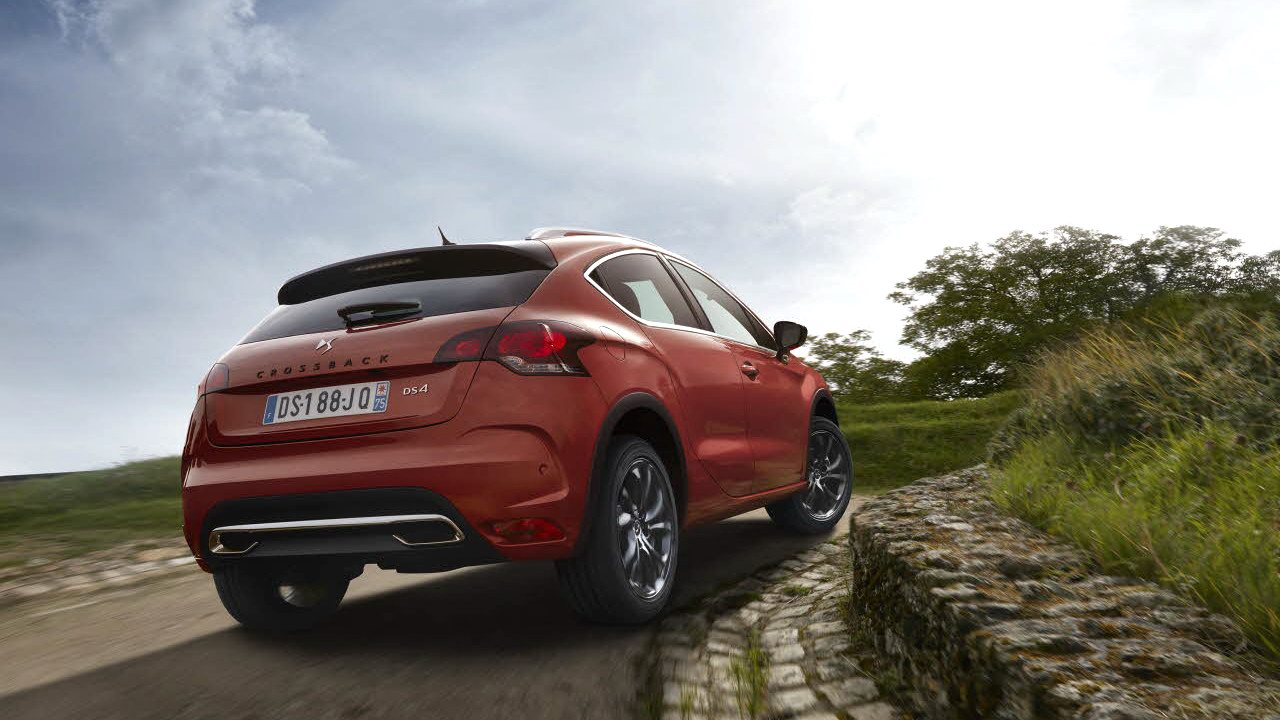 ds4crossback002