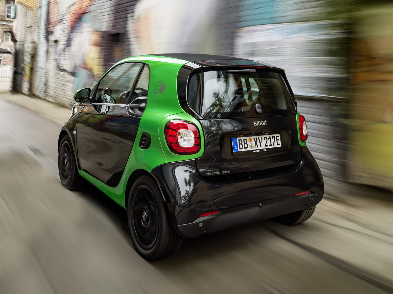 2017-smart-fortwo-electric-drive-14