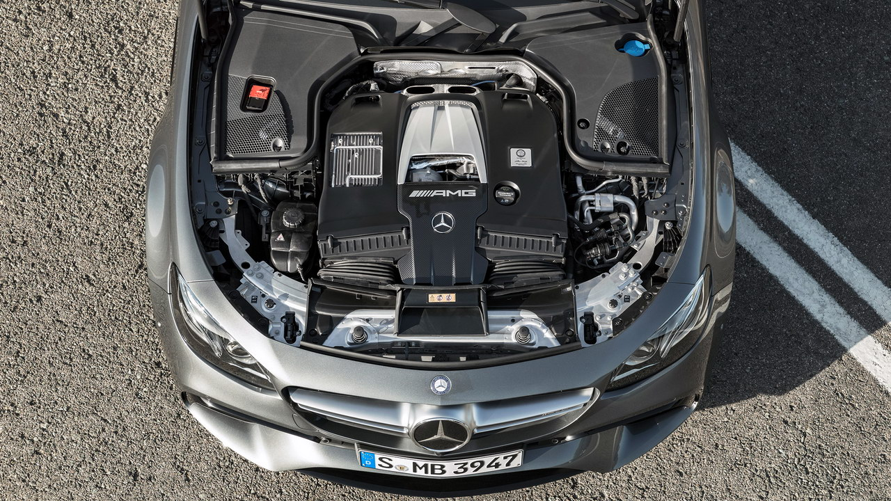 2017 Mercedes-AMG E 63 engine