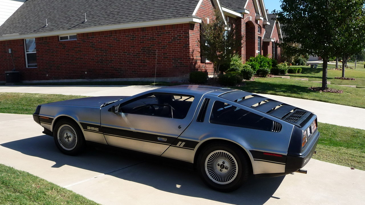 DeLorean DMC-12 6