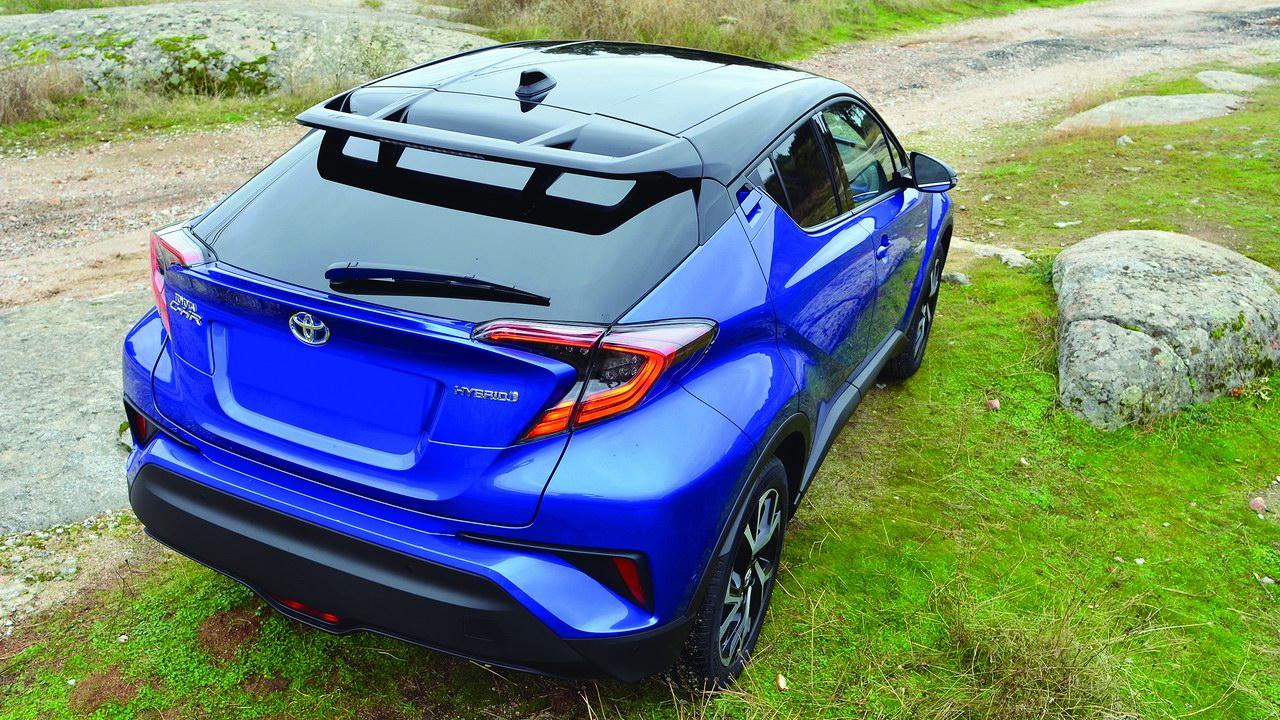 Toyota C-HR: Красивая и смелая