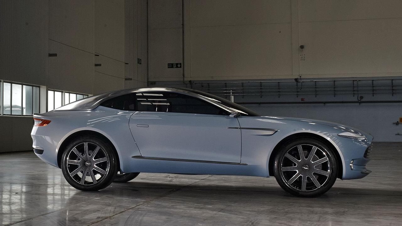 Первый кроссовер Aston Martin обрёл имя собственное За рулем