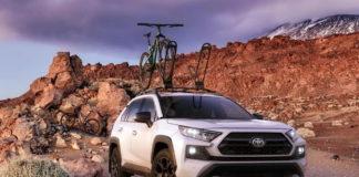 Toyota RAV4 off-road