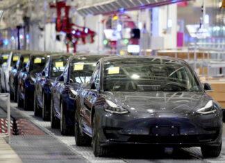 Tesla prom