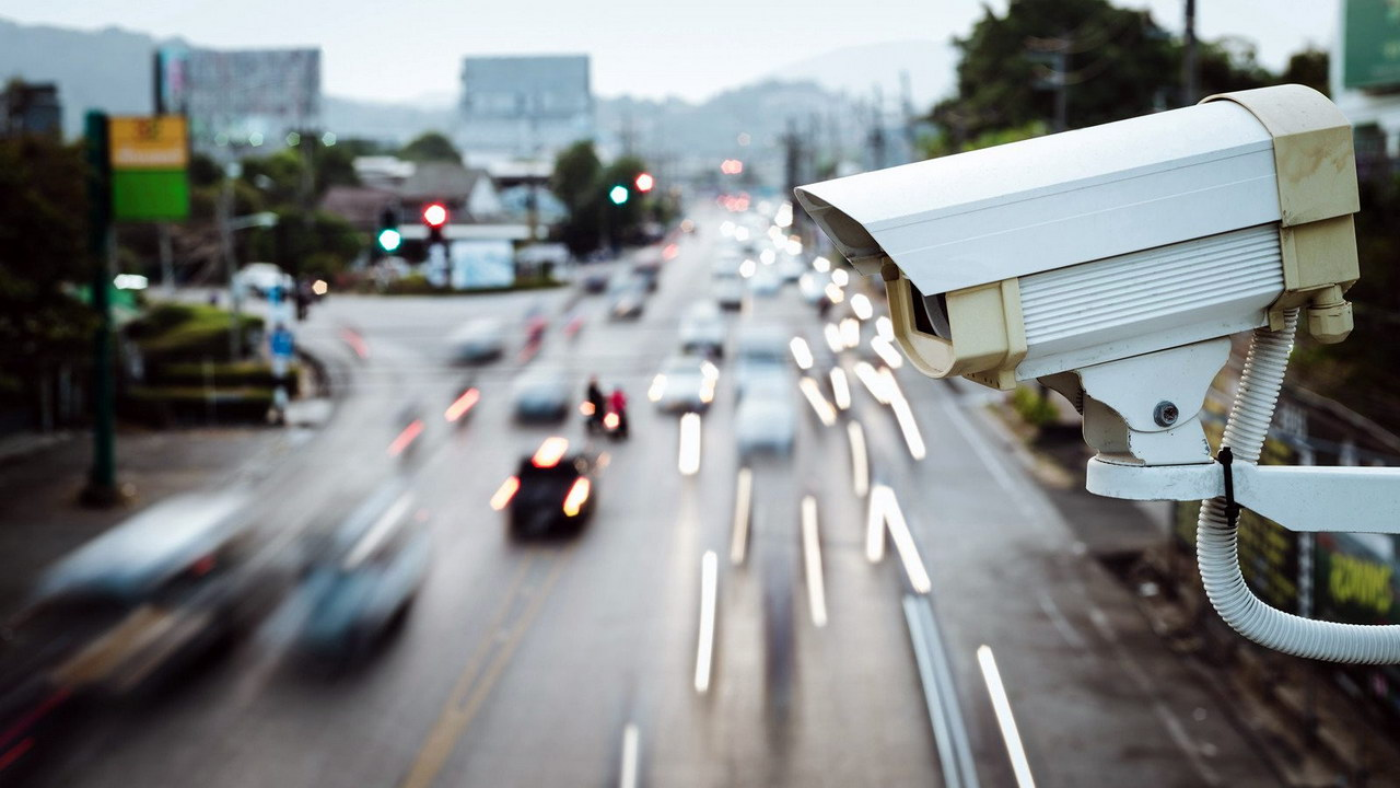 Camera road