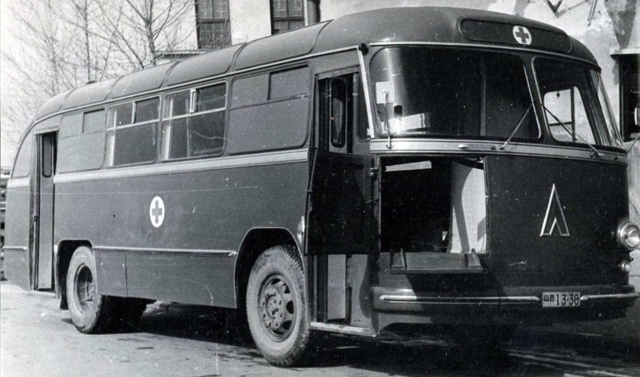 ЛАЗ‑695Б