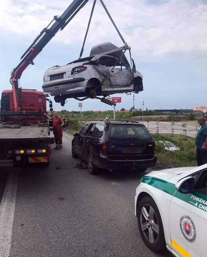 Ford Focus with Peugeot 206 CC