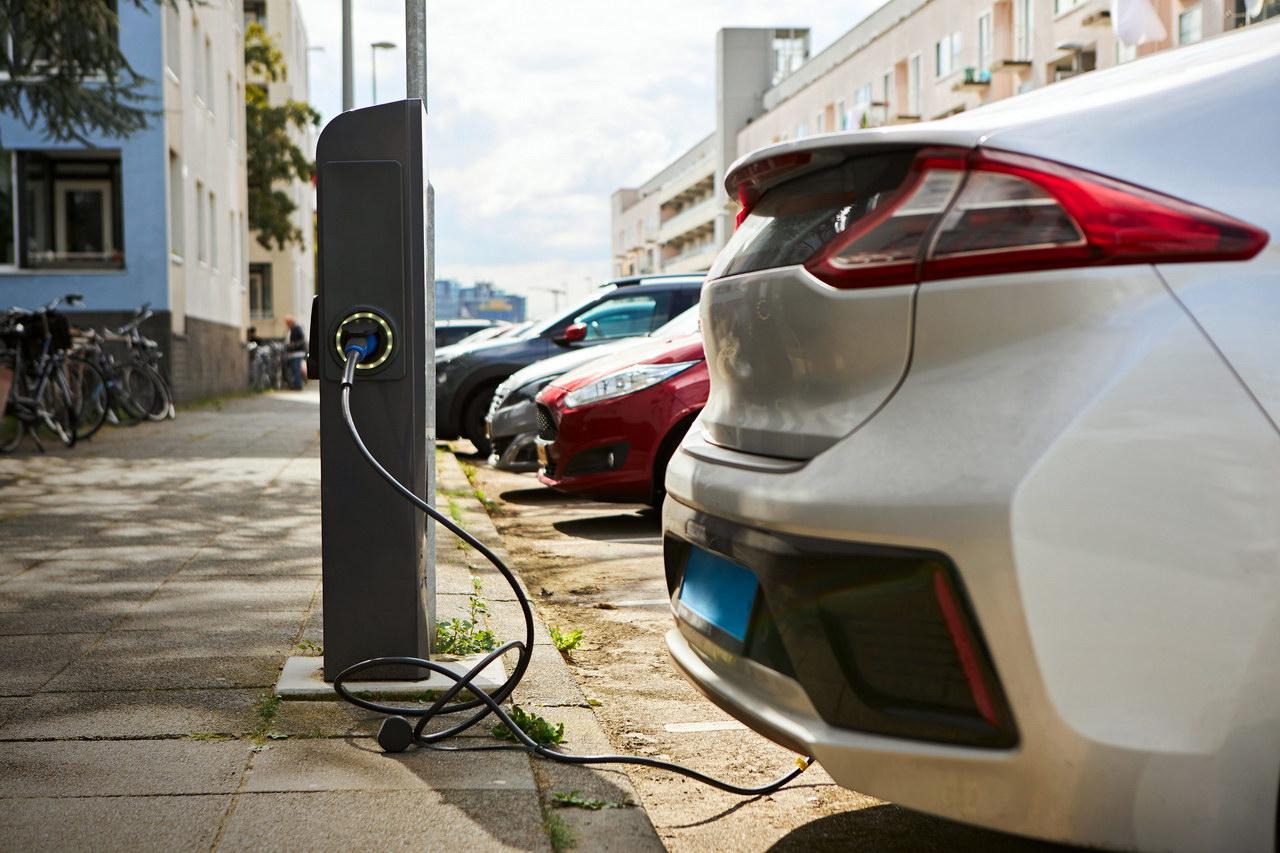 Charge EV