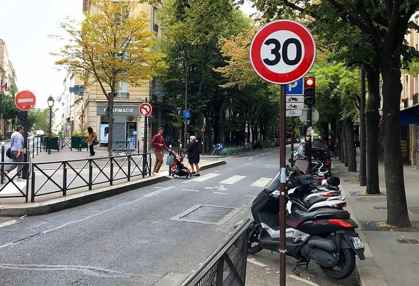 Paris speed