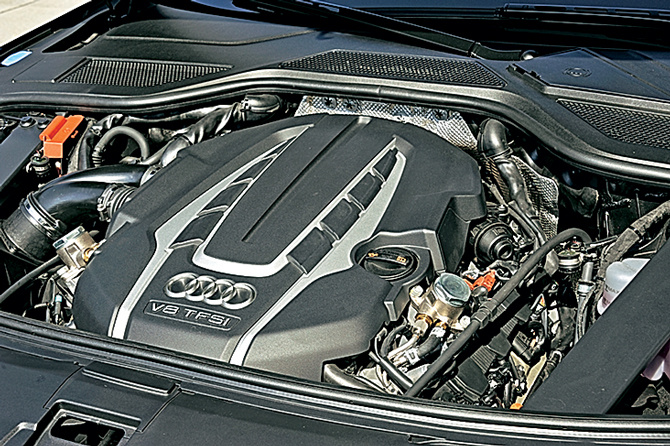 01-audi-a8l-security_zr08-12