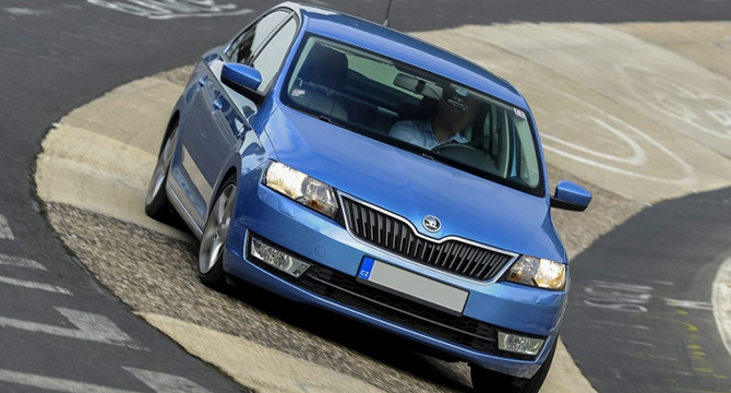 201310281156-201310281156-skoda-rapid-12-tsi-laps-nurburgring-in-917-video-69800_1_no_copyright_01